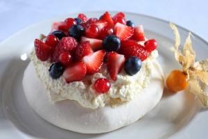 Sweet Things Gallery   Fruit Meringue