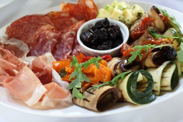 Weddings & Parties Gallery | A typical party dish